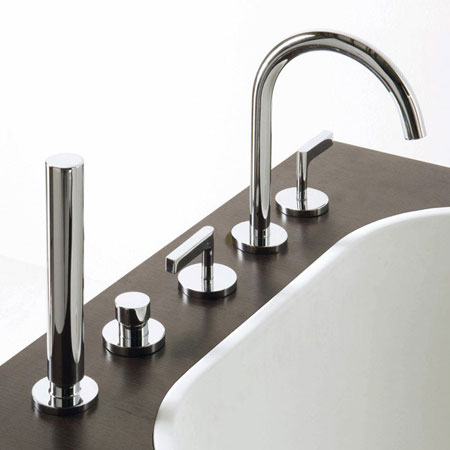 Bathtub fittings Simply Beautiful