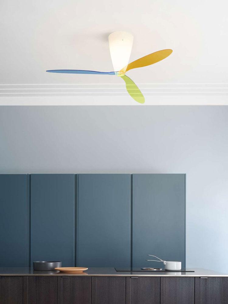 lampes suspension luminaire ventilateur blow par luceplan. Black Bedroom Furniture Sets. Home Design Ideas