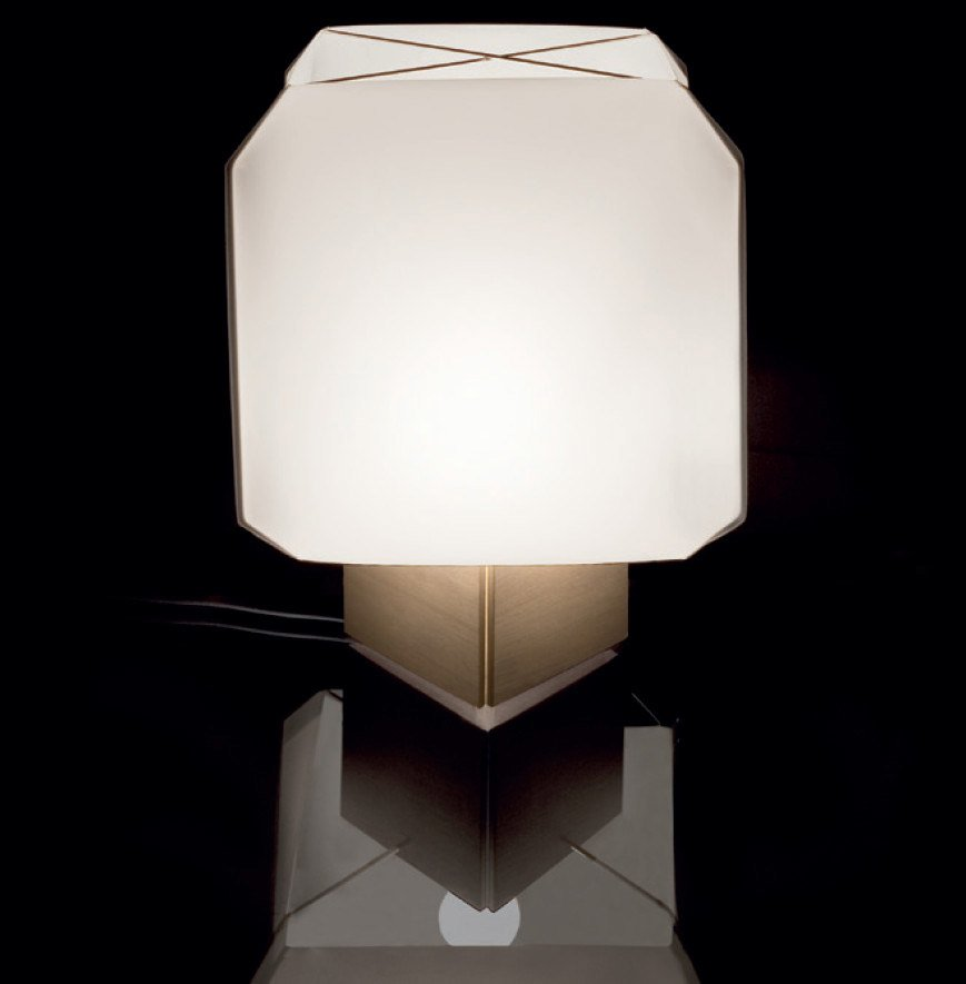 Lampade da tavolo lampada bali da danese - Immagini lampade da tavolo ...