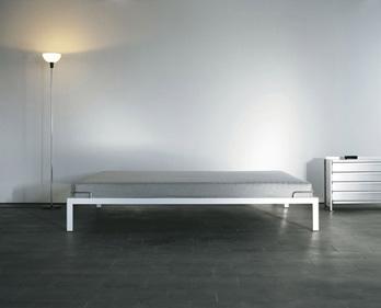 Bed Bett 1
