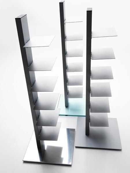 Librerie e scaffali libreria sapiens da sintesi for Sedie design libreria sapiens