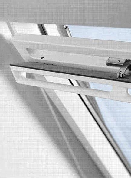 Lucernari per tetti tutte le offerte cascare a fagiolo for Velux finestre per tetti listino prezzi