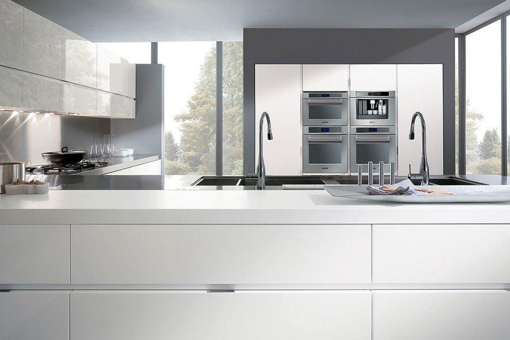 Mobili per cucina cucina elektra a da ernestomeda - Prezzo cucine ernestomeda ...