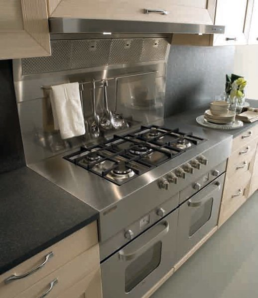 Mobili per cucina: Cucina Ischia [b] da Del Tongo