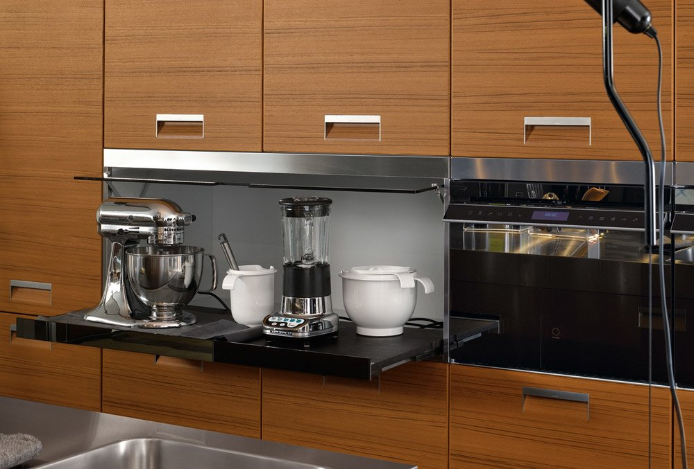 Modular kitchens kitchen italia a by arclinea for Best material for modular kitchen cabinets