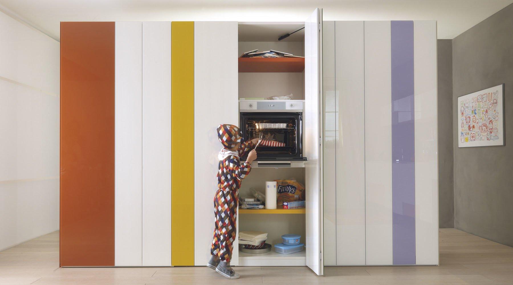 Awesome Dispense Per Cucina Contemporary - ubiquitousforeigner.us ...