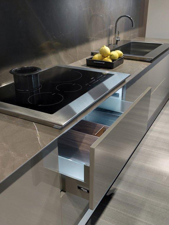 Mobili per cucina cucina milano b da elam for Negozi cucine milano
