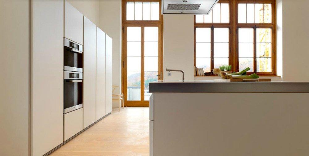 catalogue cuisine bulthaup b1 bulthaup designbest. Black Bedroom Furniture Sets. Home Design Ideas