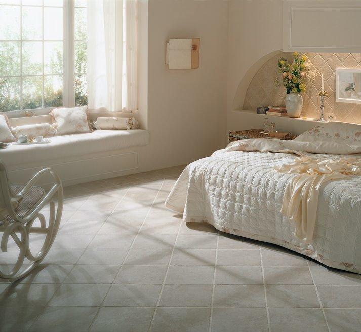 Piastrelle collezione pietra d assisi da cerdomus - Piastrelle per pavimenti interni ...
