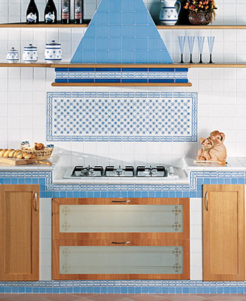 Piastrelle collezione ceramiche vietresi b da giovanni for Piastrelle cucina de maio