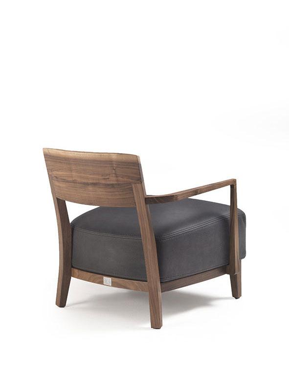 riva 1920 kleine sessel kleiner sessel wilma braccioli designbest. Black Bedroom Furniture Sets. Home Design Ideas