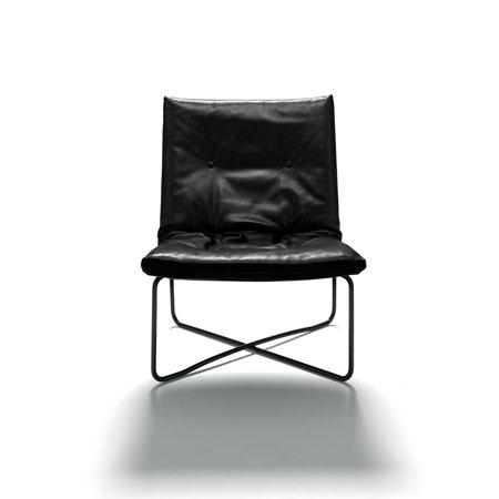 Kleiner Sessel LC03