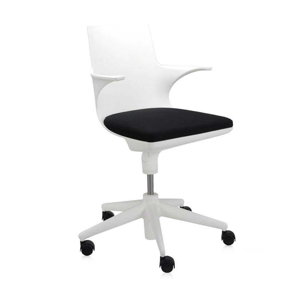 catalogue petit fauteuil spoon chair kartell designbest. Black Bedroom Furniture Sets. Home Design Ideas