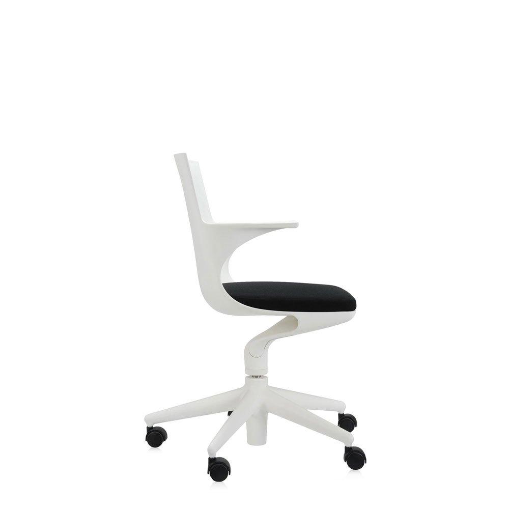 Catalogue petit fauteuil spoon chair kartell designbest for Petit fauteuil de bureau