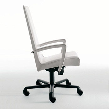 Petit fauteuil Tresor
