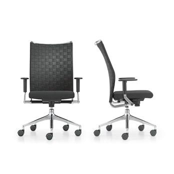 Petit fauteuil Corpo
