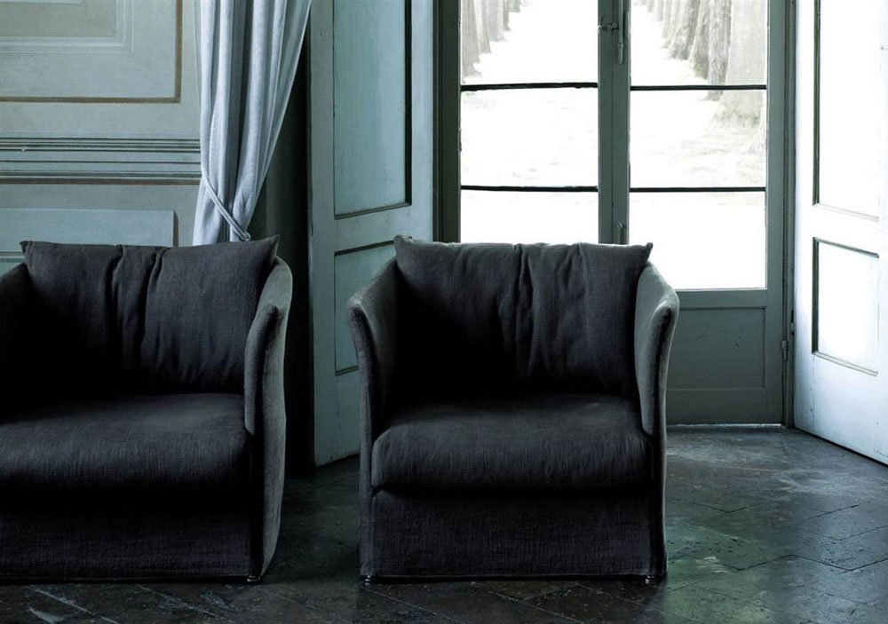 Poltrone poltrona curve da living divani for Divani trentino alto adige