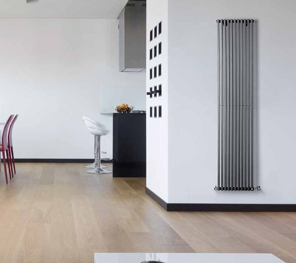 Radiatori di arredo radiatore colonia da brandoni for Radiatori di arredo
