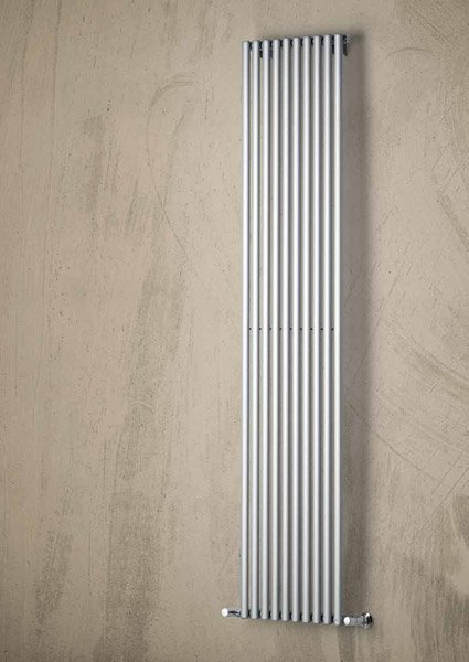 Radiatori di arredo radiatore daytona da brandoni for Radiatori di arredo