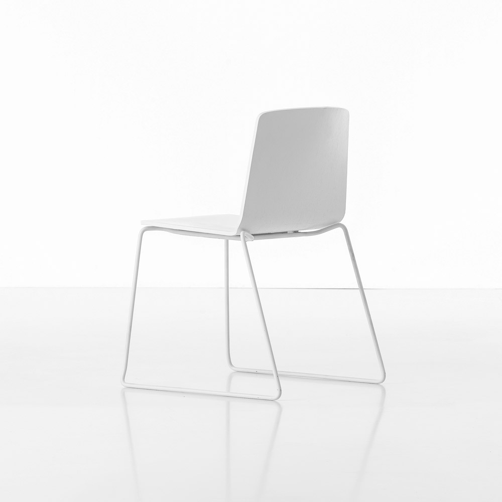 Chairs chair rama by kristalia for Sedie design north america