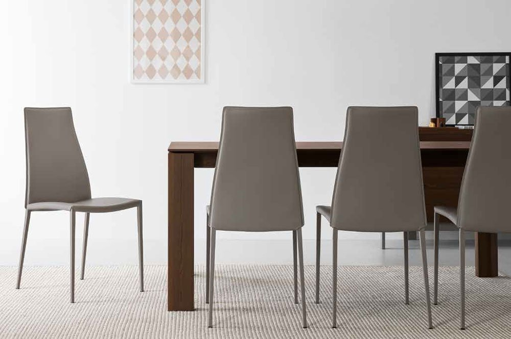Sedie sedia aida da calligaris exclusive for Sedie design vicenza