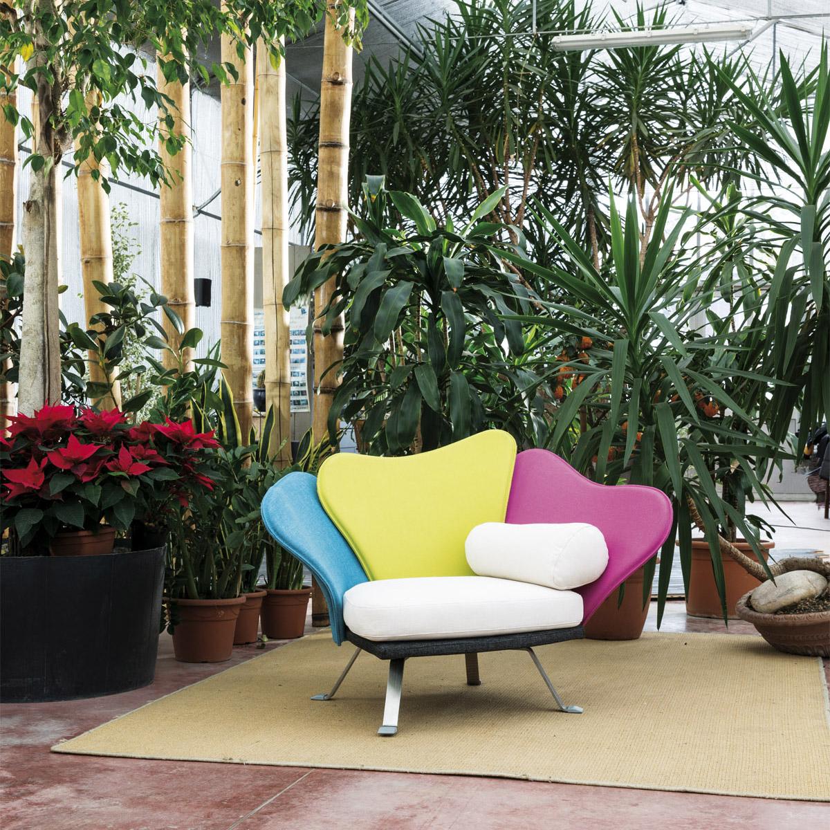 Sedie da giardino poltrona flower da il loft for Poltrona giardino