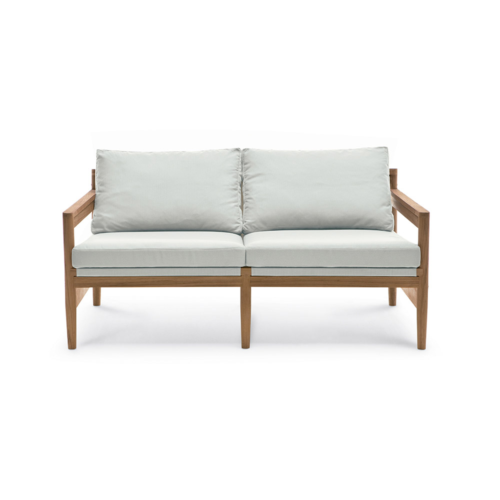 Outdoor Chairs: Sofa Road by Roda