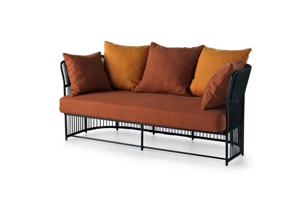 Sedie da giardino divano tibidabo da varaschin for Giardino v forli