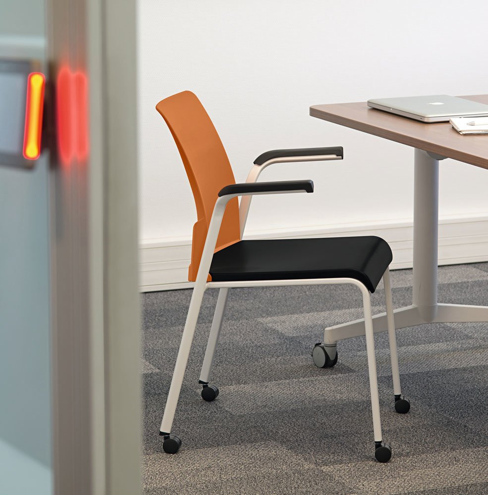 office chairs chair eastside by steelcase. Black Bedroom Furniture Sets. Home Design Ideas