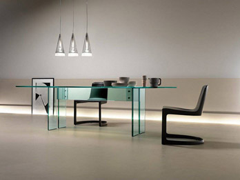 Table LLT