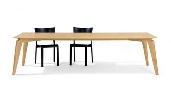 Table Takushi