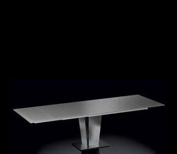 Tisch Corinto