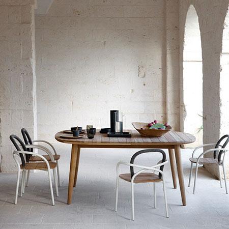 Tisch Les Arcs