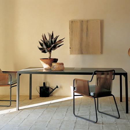 Tisch Flat