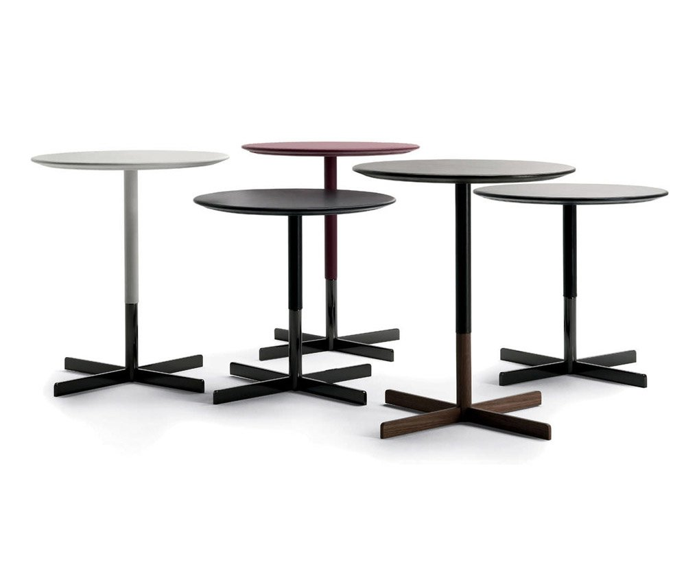 Tavolini tavolino bob da poltrona frau for Salvioni arredamenti