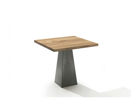 Small Table Pyramid by Riva 1920