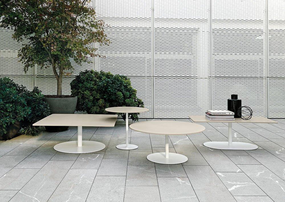 Tavolini da esterno tavolino bellagio da minotti for Tavolini da esterno