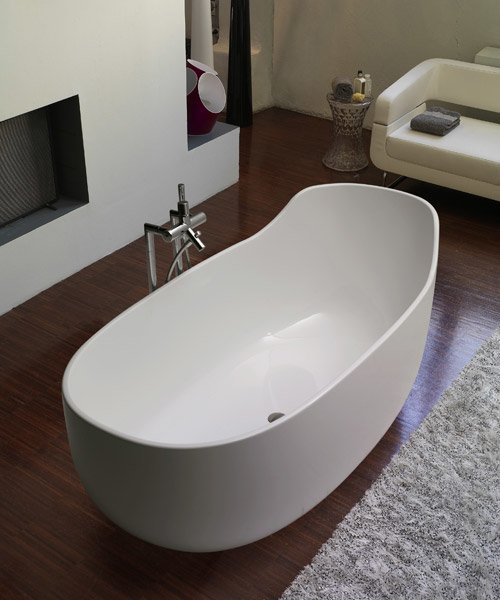 Vasca da bagno globo idee creative su interni e mobili - Vasca da bagno ceramica ...