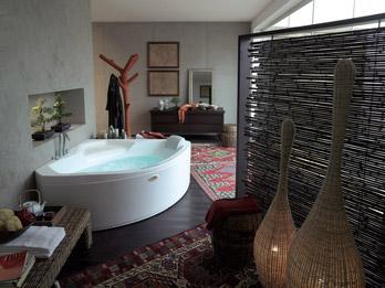 Whirlpool Bathtub Uma