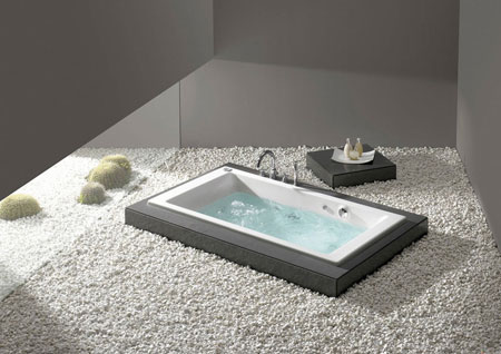Whirlpool Bathtub Vythos