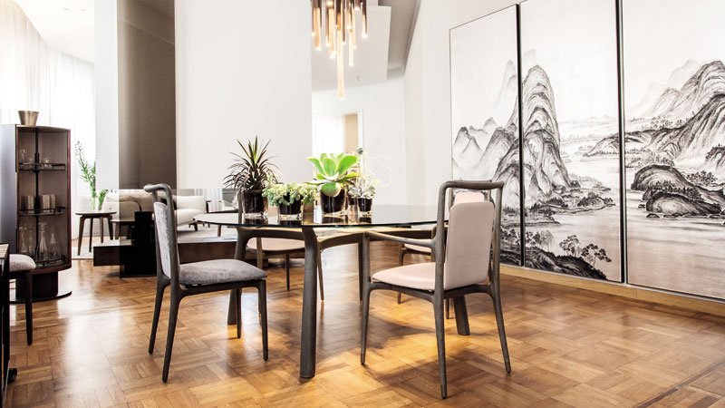 Memos table and Ibla chairs