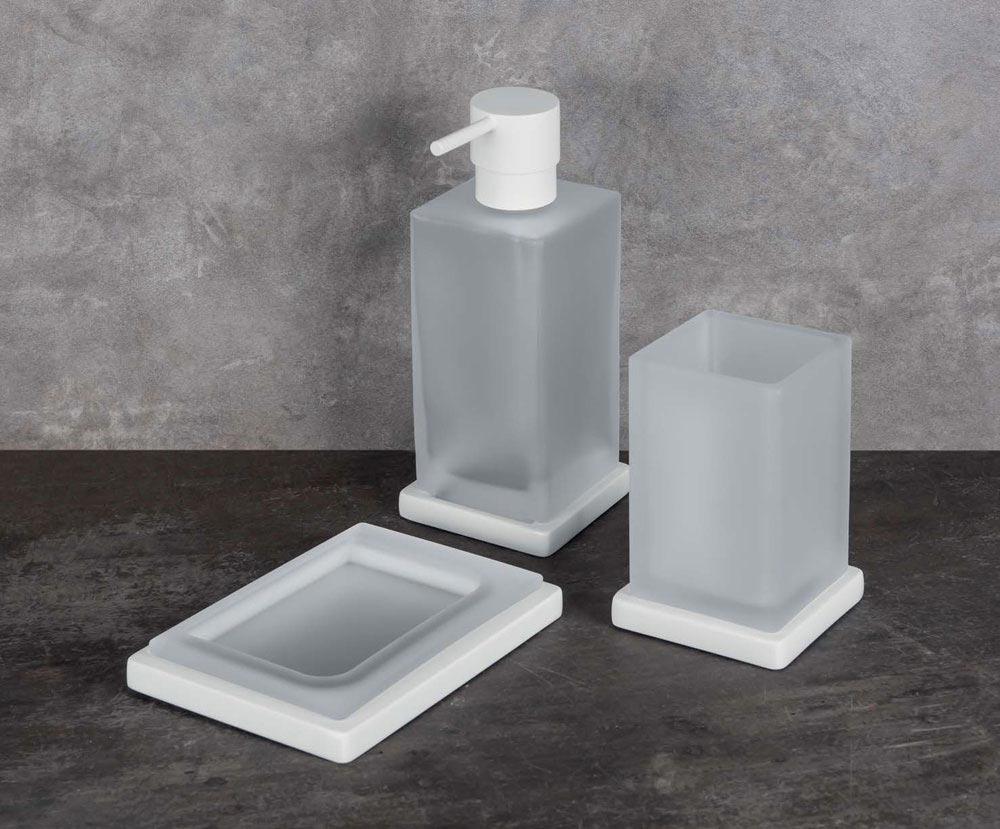 Accessori bagno: Porta spazzolino Look da Colombo Design