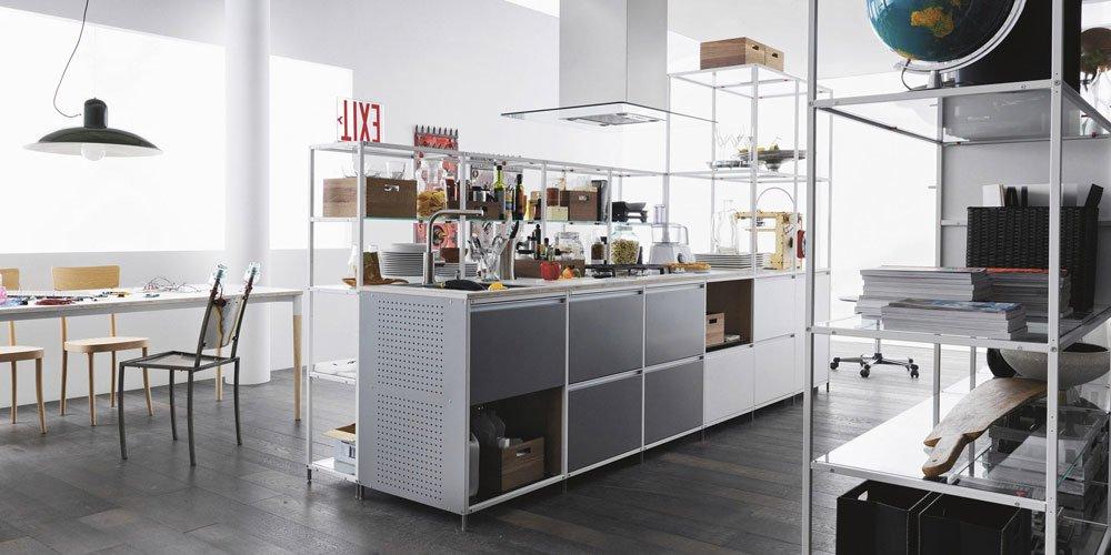 Freestanding Kitchens: Kitchen Meccanica [A] by Valcucine