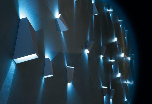 catalogue applique topix a delta light designbest. Black Bedroom Furniture Sets. Home Design Ideas