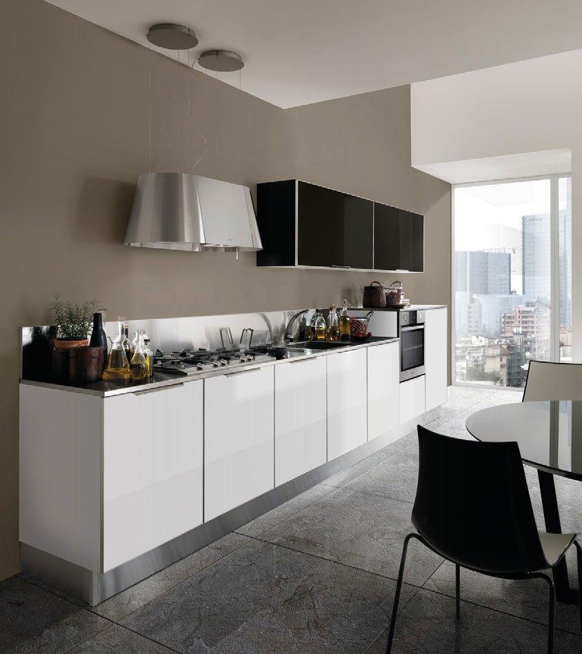 Mobili per cucina: Cucina Glamour [b] da Berloni