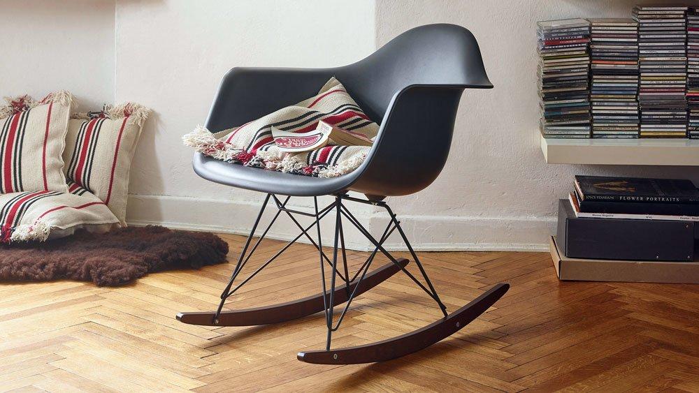 catalogue petit fauteuil eames plastic rar vitra designbest. Black Bedroom Furniture Sets. Home Design Ideas