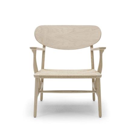 Kleiner Sessel CH22