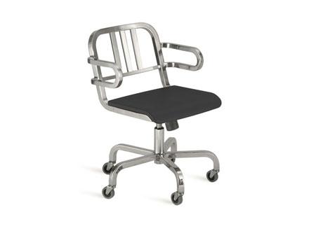 Chaise Nine-0 [a]