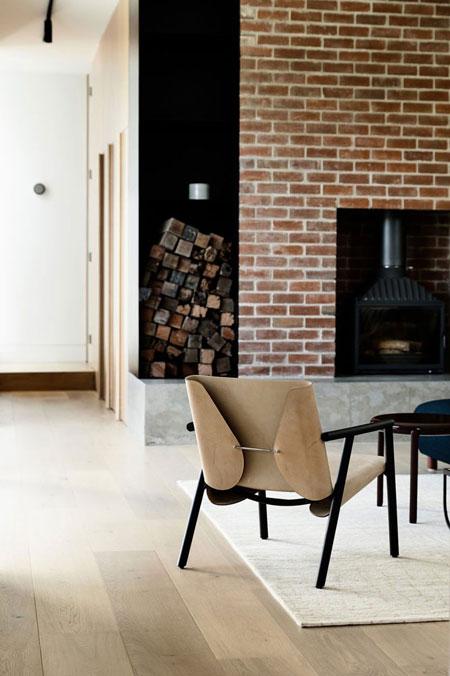 Chair 1085