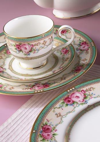 Servizio Palace Rose Forma Garden Collection